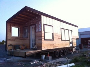 21-placare exterior casa siding din paleti lemn reciclati