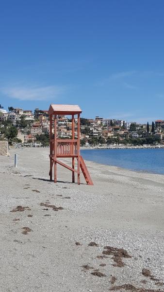 21-turn salvamari pe plaja satului Paralio Astros Peloponez Grecia