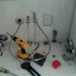 22-mini camera tehnica in dulapul de sub chiuveta din bucatarie