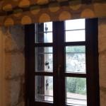 24-fereastra cu tamplarie lemn masiv hotel din piatra Dimitsana