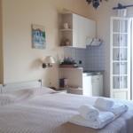 3-Linardos Apartments camera cu vedere la mare