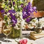 3-aranjament floral cu irisi de gradina casa veche Luberon Provence