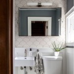 3-baie mdoerna aspect scandinav finisata cu faianta model solzi culoare alba