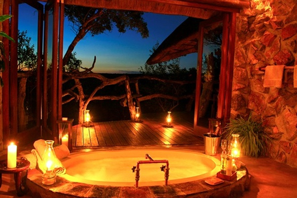 3-baie rustica decorata cu lumanari parfumate