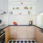 3-bucatarie de suprafata medie mobila moderna desfasurata pe trei laturi