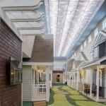 3-camerele-pacientilor-transformate-in-casute-de-pe-strada-unui-oras-de-acum-70-80-de-ani