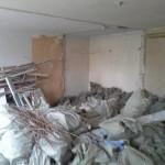 3-demolarea peretilor interiori ai apartamentului vechi de 42 mp