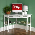 3-exemplu birou alb amenajat in coltul unei camere