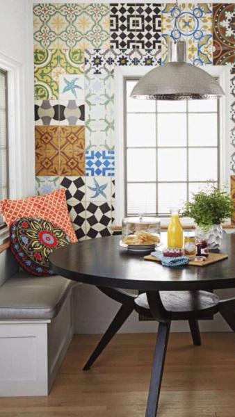 faianta decorativa patchwork perete masa bucatarie