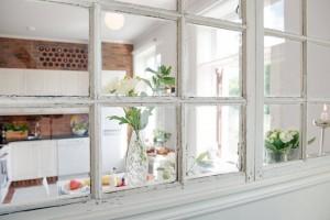 3 fereastra perete despartitor intre bucatarie si living apartament modern stil scandinav