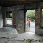 3-interior casa veche 100 ani in ruina inainte de transformare