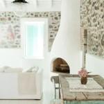 3-interior living alb casa din piatra naturala pe insula Lesvos