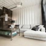 3-interior living mdoern industrial cu accente vintage casa construita din containere