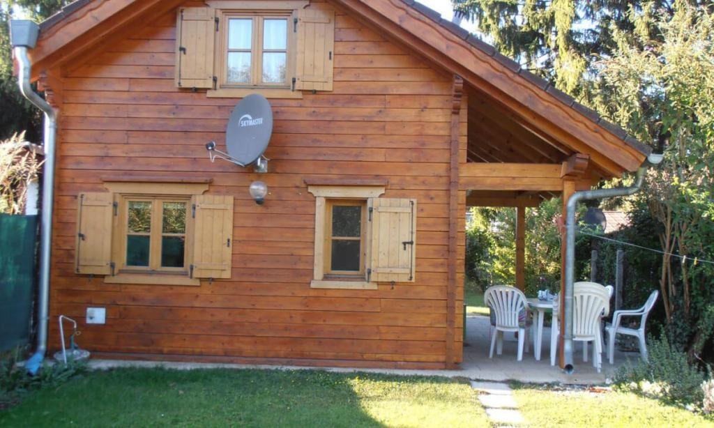 laterala casa lemn brad mica Sibiu