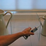 3-lipirea bucatilor de sticla cu silicon special pentru formarea unui cub din sticla