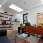 3-living modern cu luminatoare in tavan casa 55 mp fosta baie publica Londra