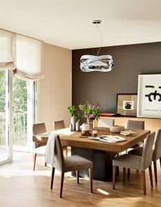 3-loc de luat masa amenajat in living mare open space