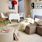 3-loc de luat masa in livingul apartamentului cu 3 camere