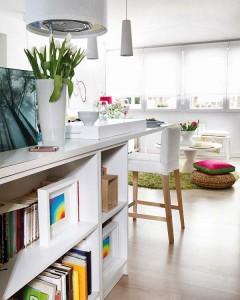 3-loc de luat masa si mini biblioteca apartament mic 40 metri patrati