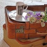 3-masuta de cafea living din geamantane vechi piele