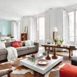 3-masuta din lemn si fotoliu stil integrate in decor living modern