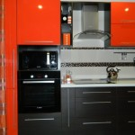 3-mobilier bicolor wenge si portocaliu in amenajarea unei bucatarii de 9 mp