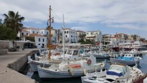 3-o parte din portul vechi al insulei Spetses
