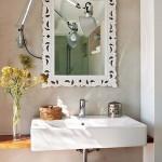 3-oglinda de baie in rama frumoasa din lemn