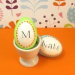 3-oua de paste personalizate cu numele membrilor familiei