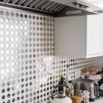 3-perete blat de lucru cu mozaic alb cu insertii de oglinda casa Lena Headey aka Cersei Lannister