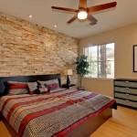 3-perete de accent cu piatra naturala decor dormitor elegant