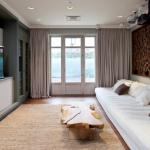 3-perete placat cu lemn exemplu amenajare living modern accente maro