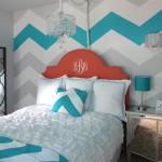 3-perete zugravit in zigzag alb gri si turcoaz