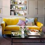 3-pernute decorative de pe canapea asortate cu accesoriile din living