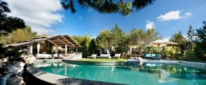 3-piscina casa din piatra Ibiza