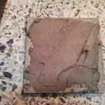 3-placa gresie artizanala pictata manual inainte de montare