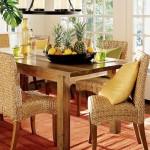 3-plante verzi fructe si mobilier din lemn elemente ale unei case sanatoase