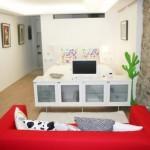 3-separarea-dormitorului-cu-ajutorul-unei-comode-tv-solutie-amenajare-garsoniera
