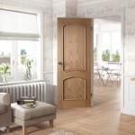 3-usa de interior stejar decor cu aer clasic