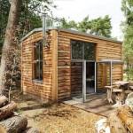 3-vedere exterior casa mica din lemn pentru 4 persoane DroomParken Village