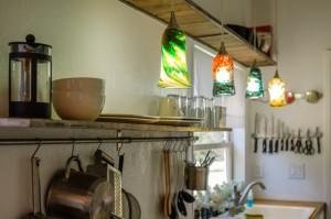 35- corpuri iluminat decorative suspendate deasupra blat lucru bucatarie