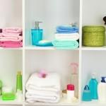 4-accesorii colorate pentru decorul baii