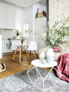 4-apartament modern mic modern cu tavane inalte amenajat cu accente scandinave