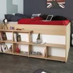 4-biblioteca proiectata in laterala patului inaltat