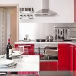 4-bucatarie moderna pe colt culoare rosie casa Model M 37 mp