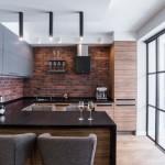 4-bucatarie open space cu loc de luat masa de 4 persoane