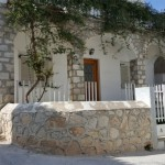 4-casa din piatra stil grecesc insula Spetses
