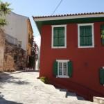 4-casa visinie cu obloane verzi din lemn Nafplio