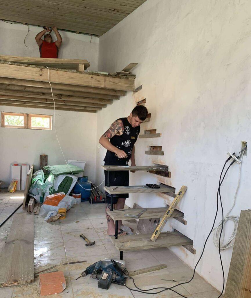 4-constructie-scara-interioara-lemn-metal
