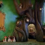 4-copac cu scorbura construit in camera fetitei